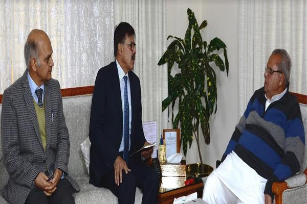 Advisors brief Governor on prevailing law and order situation