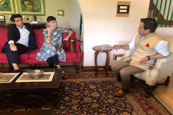 French envoy's call on Tanvir Sadiq