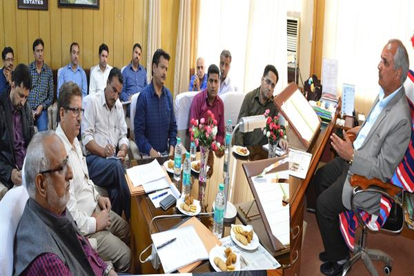 Govt committed to address grievances of Kashmiri migrants: Veeri