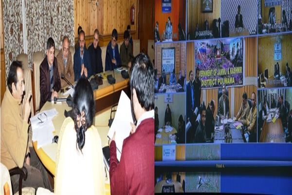 Div Com reviews progress of Semi-Ring Road, NH444, Bharat Mala projects