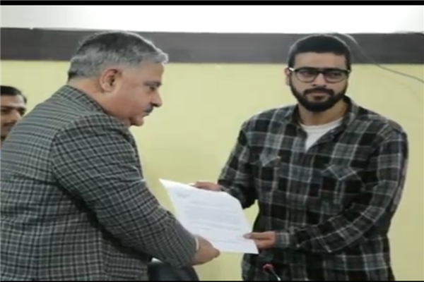 Kashmiri scholar gets prestigious NCRI fellowship in rural studies