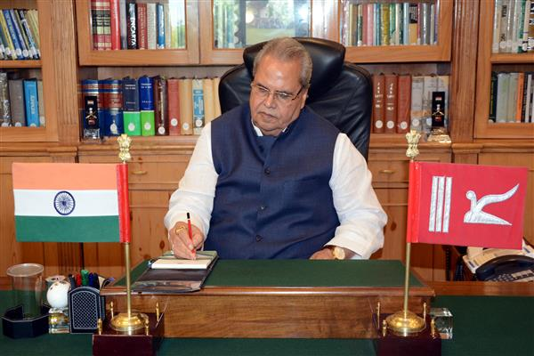 Satya Pal Malik assumes office as 13th Governor of J&K