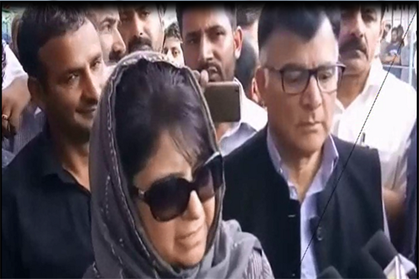 Take on board all parties before final decision on Panchayat, Municipal polls: Mehbooba tells Guv