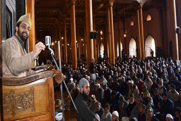 'Sham' elections can't be substitute to Right to self determination: Mirwaiz