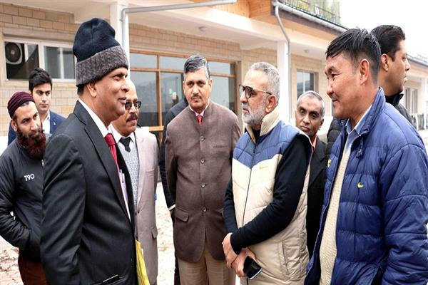 Union Agriculture Ministry's Technical Advisory Committee visits Kashmir