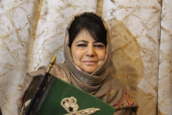 Mehbooba pitches for dialogue with militant leadership