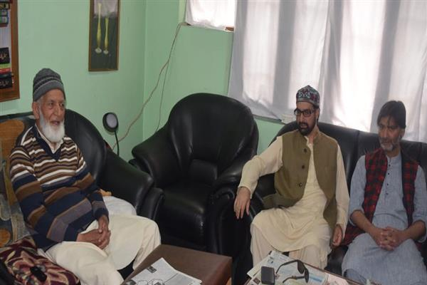 JRL calls for shutdown in Srinagar areas on Jan 21, Handwara on 25, Kupwara on 27