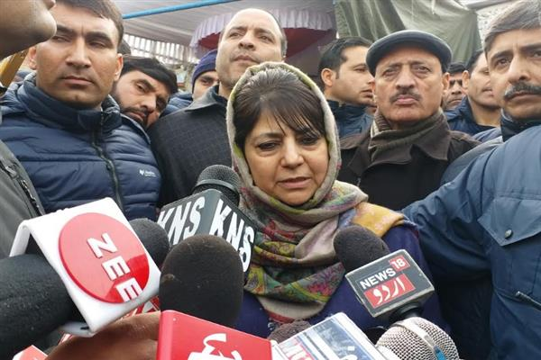 Hindutva politics in India worries Kashmiri Muslims: Mehbooba