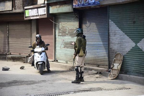 Kashmir shuts on JRL's call, restrictions imposed in Srinagar areas