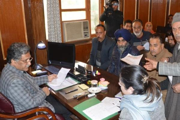 Advisor Ganai urges stakeholders to work for developing robust education system in J&K