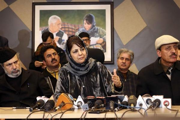 Mehbooba to contest LS polls from South Kashmir constituency, Aga Moshin from Srinagar