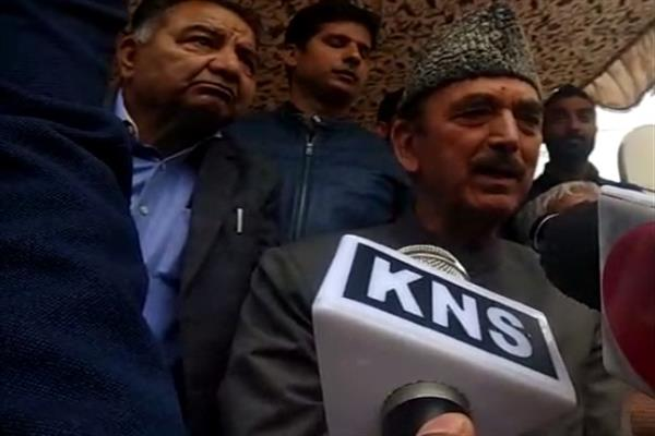 Azad predicts Mir's victory from Anantnag, Says 'BJP an enemy party'