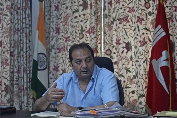 No toll tax for locals living within 20-km radius of Toll Plaza: Div Com