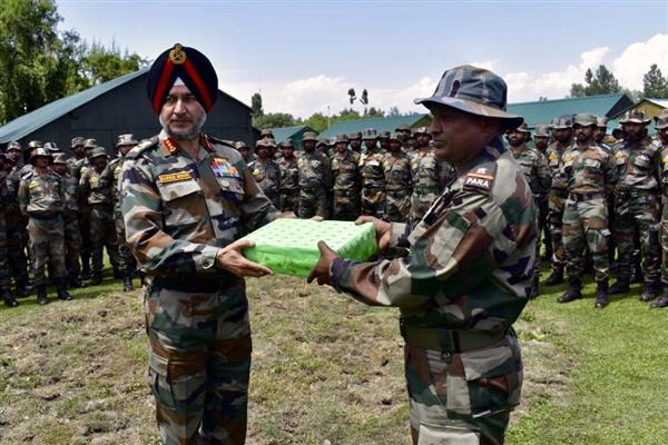 Northern army commander concludes visit to Kashmir valley