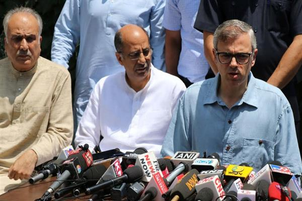 Orders create chaos in Valley, come clear, Omar to Centre