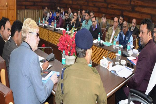 Zulfkar reviews preparedness of FCS &CA for winters