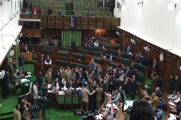After uproar in Assembly over Kathua girl's murder, Govt announces magisterial probe