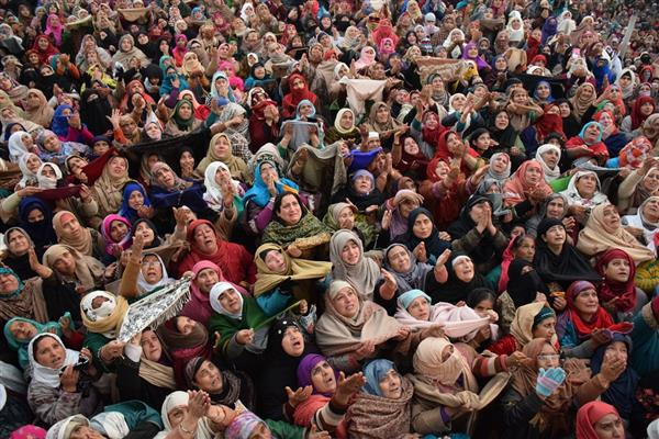 Eid-e-Milad celebrated with religious zeal across Valley