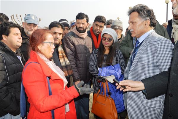 Ganai urges stakeholders to contribute in projecting Kashmir as world's top tourism destination