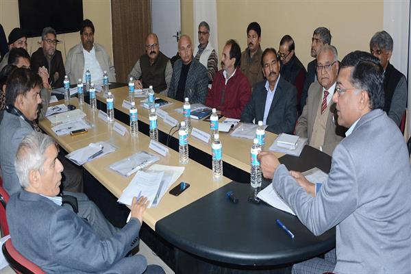 Shailendra interacts with representatives of political parties
