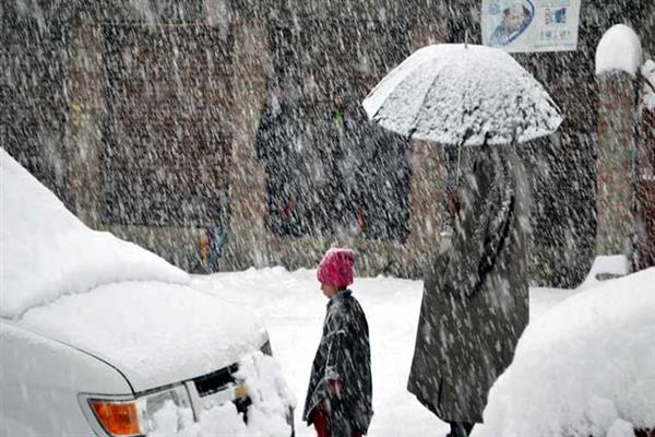Western Disturbance brings fresh snowfall in Kashmir, rain in Jammu