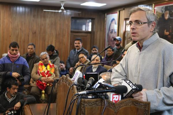 Inspite of PMs acceptance on violence against Kashmiris, unrelenting assaults continue: Omar Abdullah