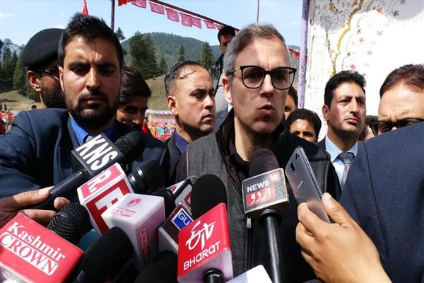 Omar questions formation of new political parties in Kashmir only