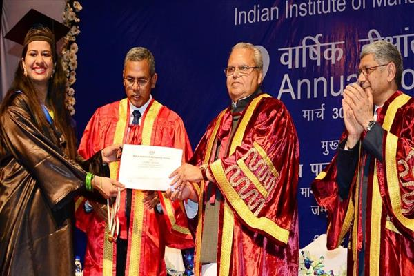 Governor attends 2nd annual convocation of IIM Jammu