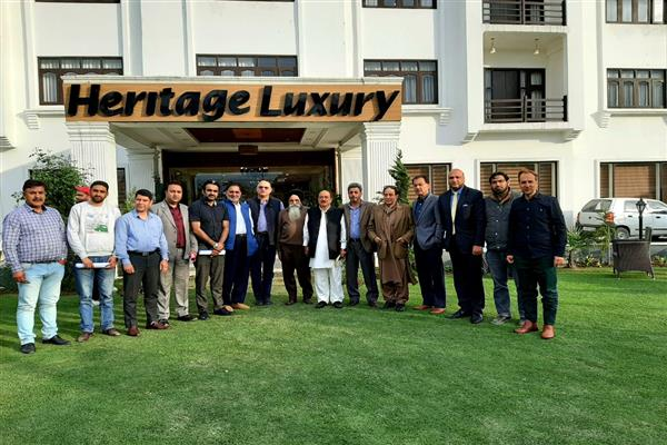 Hoteliers Club urged tourism deptt to continue promotional campaign