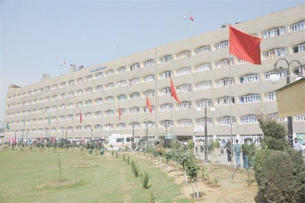 Haphazard offices in Civil Secretariat irk people