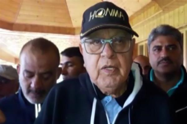 Transport on highway should not be stopped: Farooq Abdullah