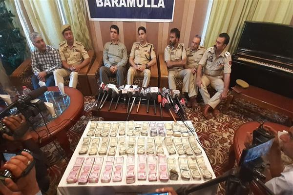Gandola burglary mystery over; five arrested, Rs 39 lakhs out of Rs 51 recovered