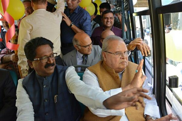 Governor, Union Minister flags off Electric Buses in Srinagar