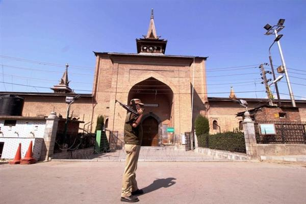 Shutdown, restrictions in Srinagar
