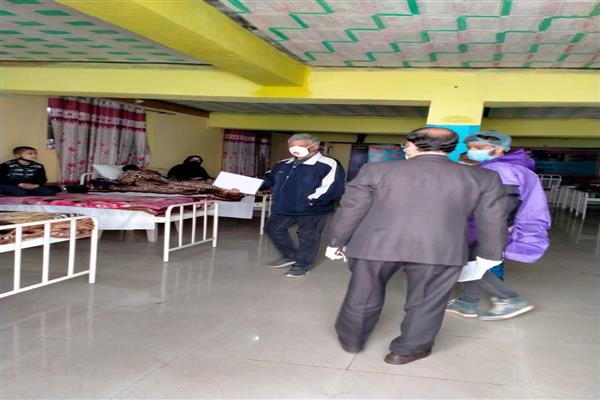 COVID-19 positive patients in Kashmir need human touch: Director Health