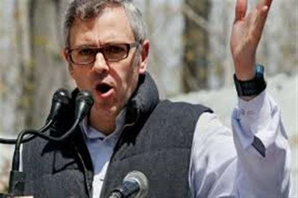 Either form Govt or to break alliance with BJP: Omar to Mehbooba