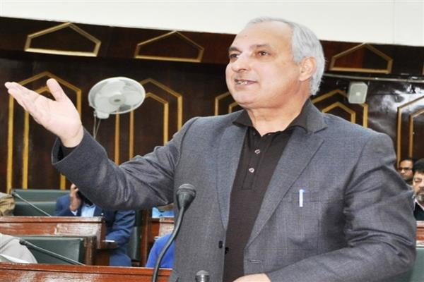 Govt. hints at scarping 2015 Job Policy in JK