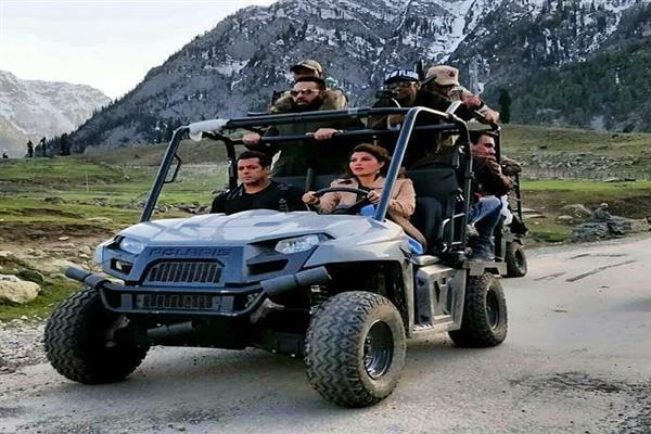Salman Khan and Jacqueline Fernandez on sets of Race 3 in Kashmir