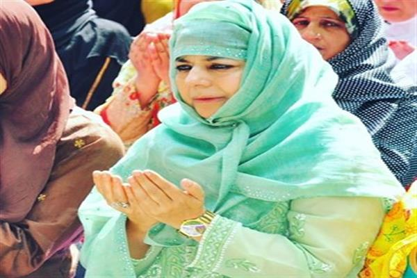 People in large numbers continue visiting CM residence, offer Eid greetings