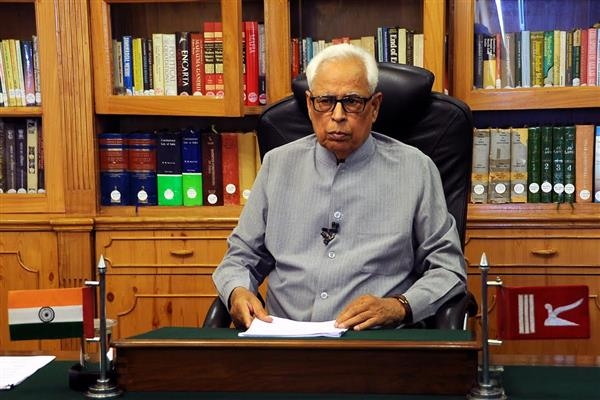 Governor reviews important pending matters