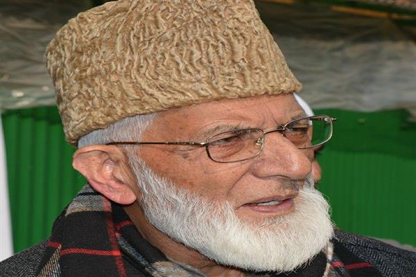 Farooq Abdullah's statement meaningless and unrealistic, Hurriyat (G)