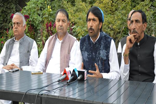 Congress delegation calls on Union Home Minister