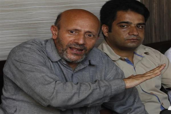 If you could respond to killing of horses, why not Waseem, Danish:  Er Rasheed to army