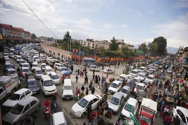 Ahead of R-day rehearsals, Traffic Police Srinagar issues diversion plan