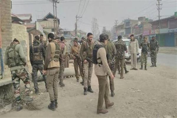 Civilian injured in grenade attack in Pampore