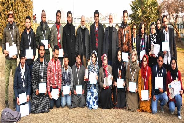 KU Vice Chancellor felicitates KU North Zone delegation