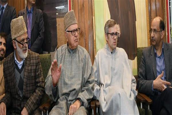 Dr Farooq, Omar, others condemn civilian killings in Shopian