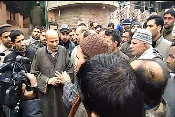 Er. Rasheed strongly objects observing a three day state mourning