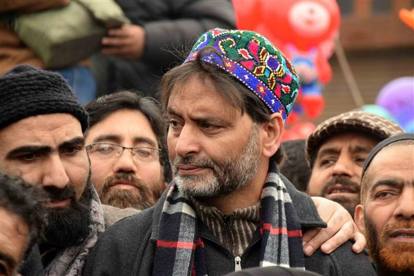JKLF pays tributes to Wamiq Farooq on his anniversary