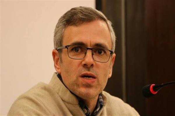 Omar expresses cross-LOC shelling in Uri